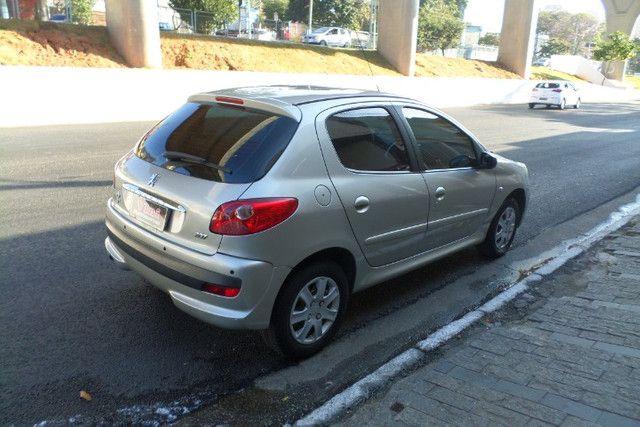 Peugeot 207 1.4 Xr Flex 5p 2011/2011 - Foto 6