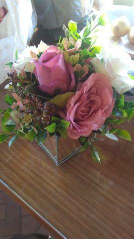 Enfeites Rosas Artificiais - Foto 2