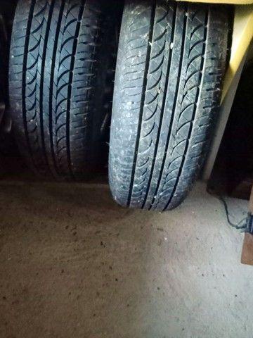 Roda de liga com pneu