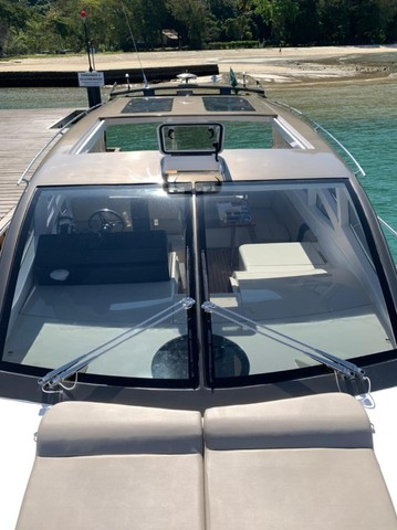 Real 40 HT Luxury Modelo 2021 - Real Powerboats - Gasolina / Diesel  - Foto 14