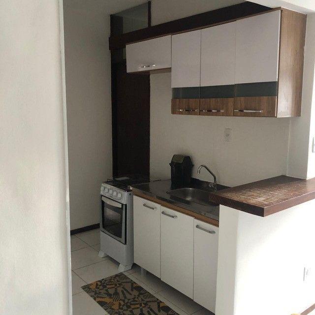 Apartamento Alto do Candeal 1/4, 2 banheiros e área de serviço  - Foto 9