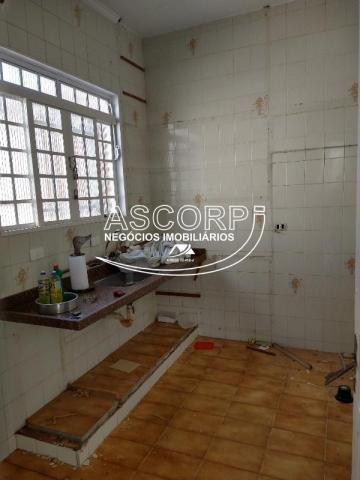 Casa bem localizada com vocação comercial (Código CA00360) - Foto 11