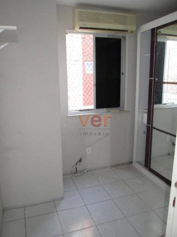 Apartamento para alugar, 62 m² por R$ 700,00/mês - Dias Macedo - Fortaleza/CE - Foto 16