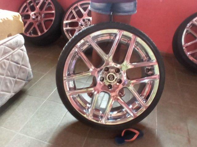 Aro 20 com pneus - Foto 2