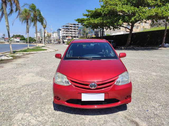 Toyota Etios 1.3 XS Completo - Ótimo Estado  - Foto 8