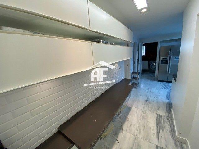 Apartamento beira mar com 3 suítes na Ponta Verde - Edifício Palazzo Firenze - Foto 12