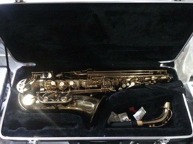Saxofone Alto Shelter novo - Foto 5