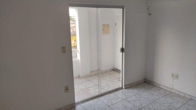 Apartamento na Av. ACM - Malhado - 1º andar - Foto 6