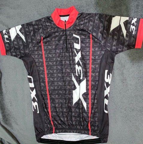Bermuda e camisa de ciclismo X3xu - Foto 3