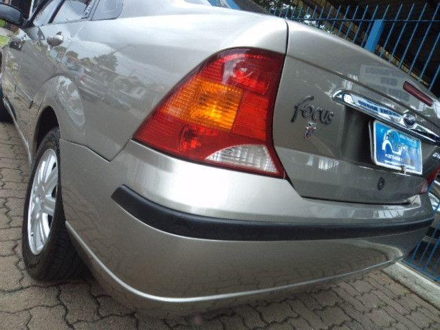 Focus Sedan Ghia 2005 - Foto 19