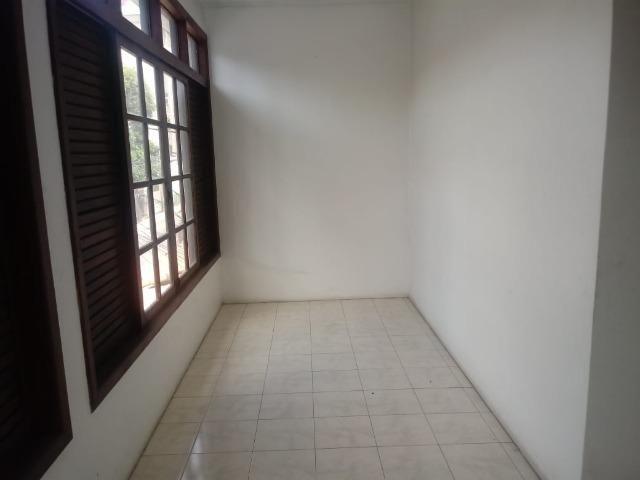 Excelente casa com 5 quartos na ladeira dos bandeirantes no Matatu - Foto 12