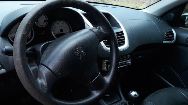 Peugeot 207 passion 1.4 2010/11 - Foto 7