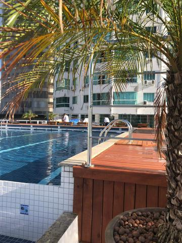 Verão 3 pessoas Balneário Camboriú c piscina no condomínio