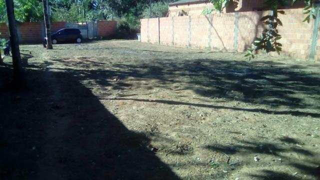 Vende se terreno no Jardim das oliveiras próximo ao cajueiro
