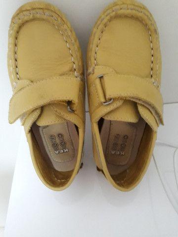 Sapato semi novo tamanho 25.R$ 25,00 - Foto 2