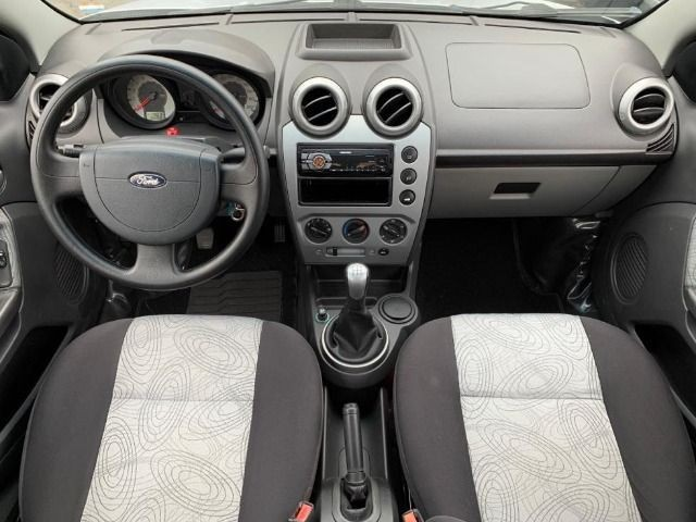 Ford Fiesta Sedan 1.6 Class 2010 Completo - Foto 7