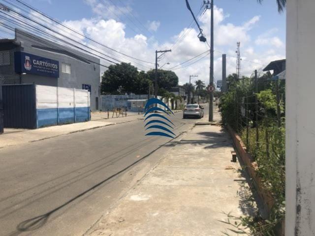 EXCELENTE TERRENO EM LAURO DE FREITAS plano, em frente ao Cartório de Lauro de Freitas, ao - Foto 2