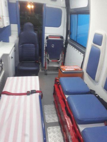 Vendo ambulância