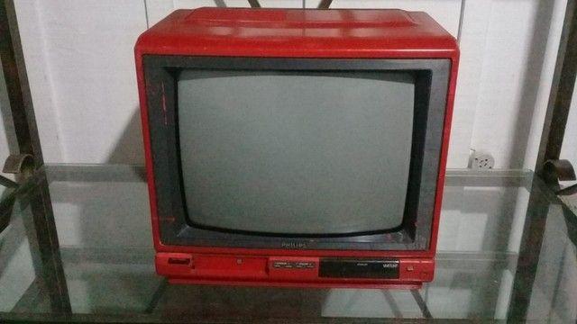 TV Antiga Retrô Vermelha Philips - Foto 5