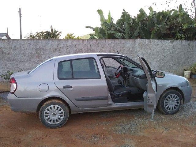 vendo Clio sedã - Foto 5