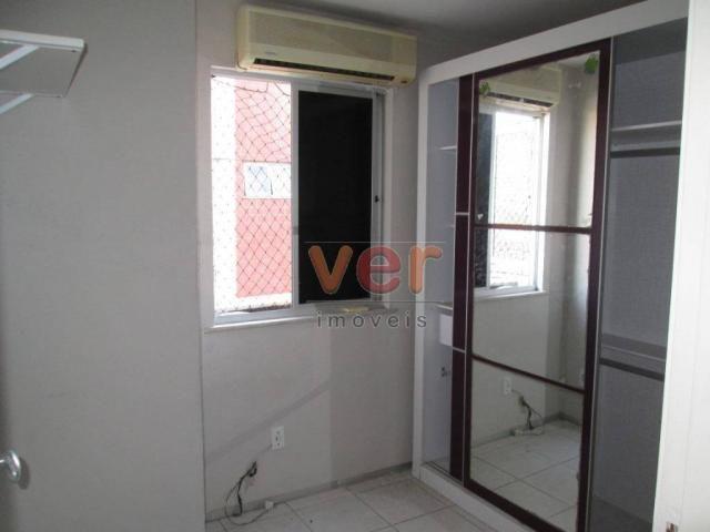 Apartamento para alugar, 62 m² por R$ 700,00/mês - Dias Macedo - Fortaleza/CE - Foto 14