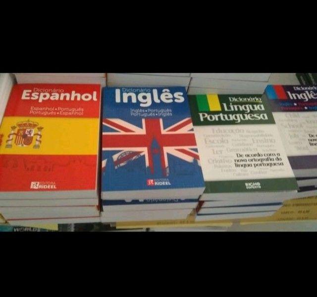Dicionários<br>