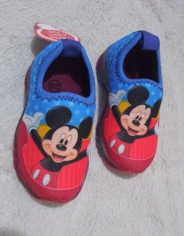 Tênis baby infantil de led Mickey e Minnie