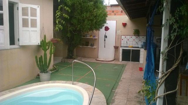 Vendo casa em Ananindeua com piscina e churrasqueira - Foto 2