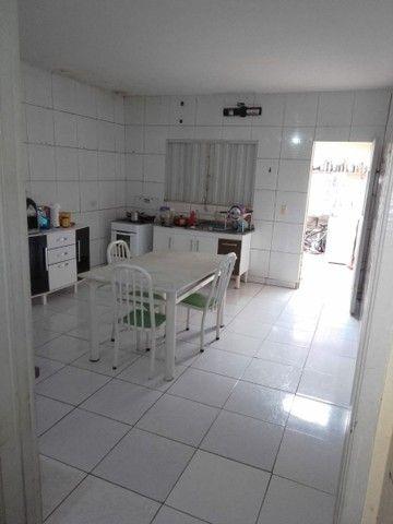 Excelente casa na Av Ailton Gomes  - Foto 4