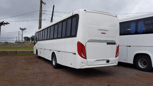 "Ônibus OF-1721 4x2 - ""Novo"" ano 19/20 - Foto 2"