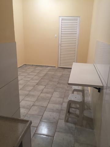 Suíte independente com garagem coberta no Guará I - Foto 10