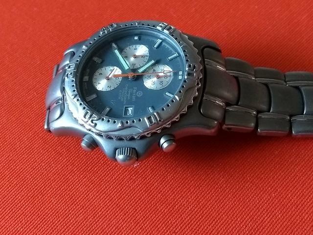 cfb2278f0e2 Relógio Ferrari quartz - Bijouterias