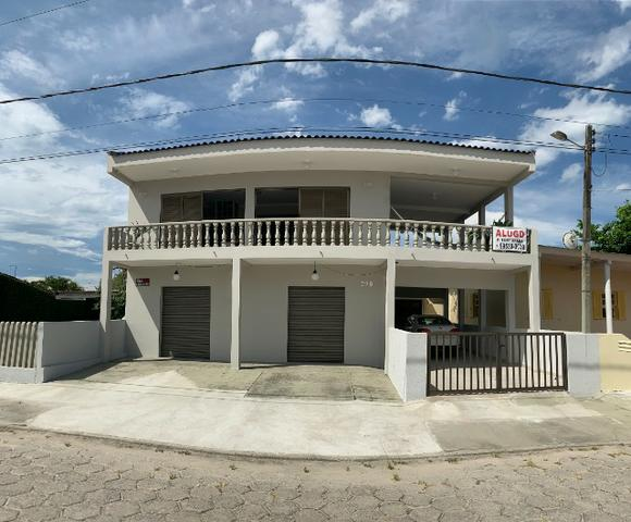 Vendo/Troco Sobrado Litoral (Residencial/Comercial) - Baln. Caravelas - 3 quadras do Mar