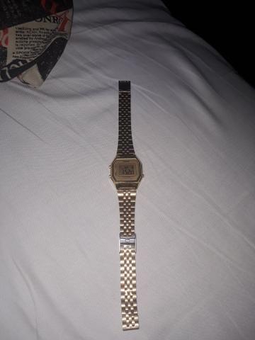 61949343eab Relógio Casio Vintage Dourado Original - Bijouterias