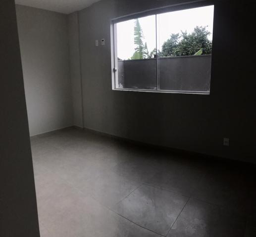 Aluga-se apartamento primeira moradia, quintal, prox futuro hospital universitário - Foto 7