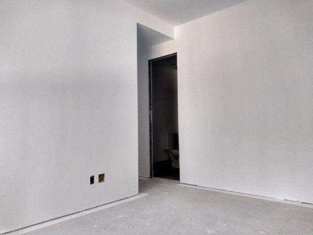 Apartamento de 2 dormitórios com suíte no Bairro Jardim Lindóia, 60 m², 1 vaga de garagem - Foto 9