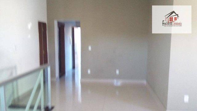 Vendo casa, 5 quartos, 1 suíte, 2 salas, quintal amplo. Bairro Coqueiros - Foto 5