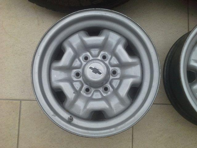 Rodas ferro originais GM D20 D10 c14 c15 veraneio c10 c20 A20 - Foto 2
