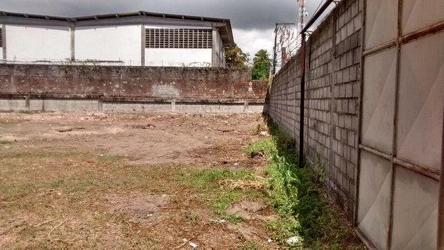 Terreno 2640 M2 em Lauro de Freitas escriturado registrado plano murado - Foto 9