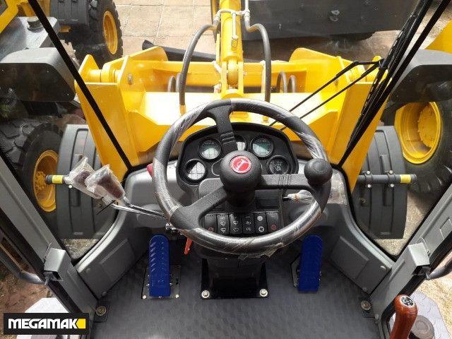 Pá Carregadeira 0km, Caçamba 0.6m³ 1500kg, Joystick, Automatica - Pronta Entrega - Foto 2