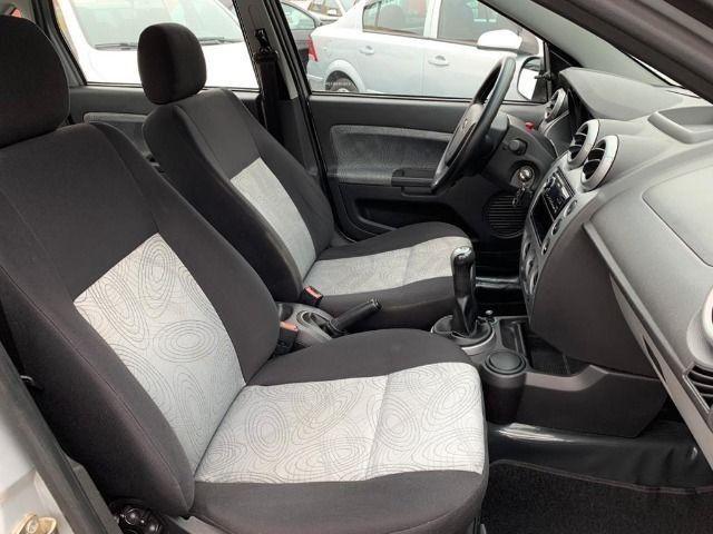Ford Fiesta Sedan 1.6 Class 2010 Completo - Foto 8