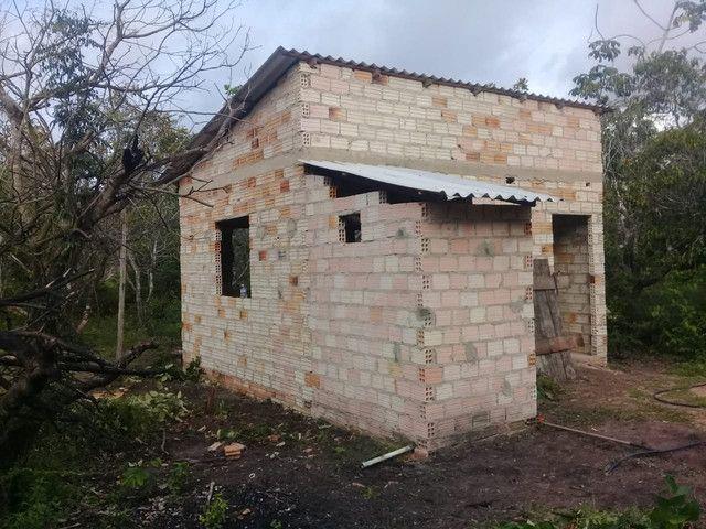 Vendo um terreno com casa na estrada do pajuçara - Foto 2
