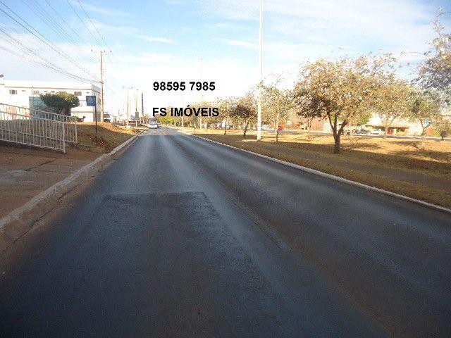 QS 304 Ótimo Lote Comercial Vazado na Avenida 100 M² E s c r i t u r a d o - Foto 2