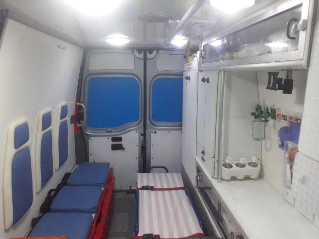 Vendo ambulância  - Foto 3