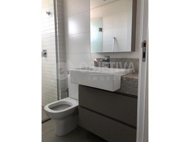 Apartamento para alugar com 3 dormitórios em Lidice, Uberlandia cod:470398 - Foto 9