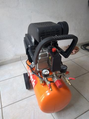 Vende-se um compressor Intech Machine1.5HP,e um aspirador de Pó e Água Wap GTW - Foto 2