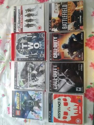PS3 com 2 controles e 13 jogos