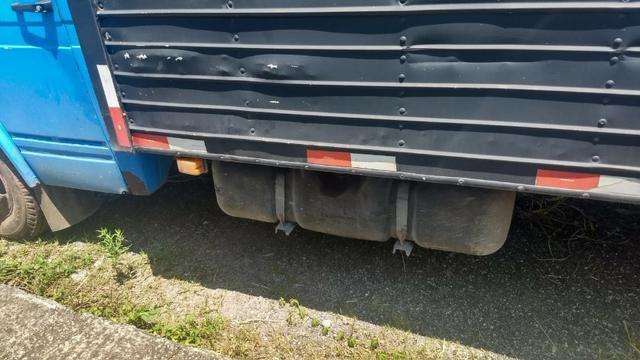 Caminhão com motor do 709 cadastrado tudo ok - Foto 6
