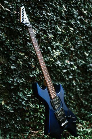 Guitarra Golden + Amplificador Crate - Foto 2