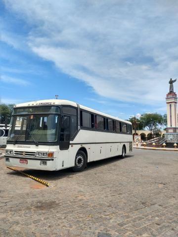 Ônibus busscar scania 113